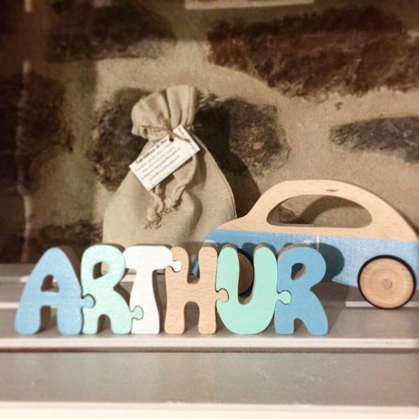 prénom puzzle arthur en bois bleu blanc vert