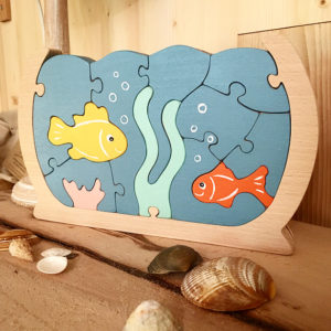 Aquarium puzzle en hêtre massif avec poissons et corail