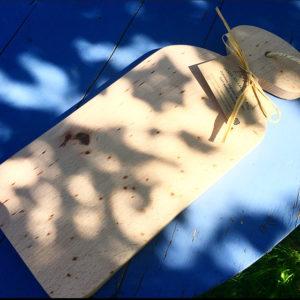 planche à découper bois massif manche asymétrique