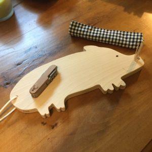 planche apéro cochon hêtre massif