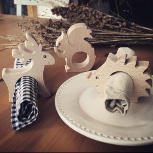 3 ronds de serviette en hêtre forme animaux de la forêt